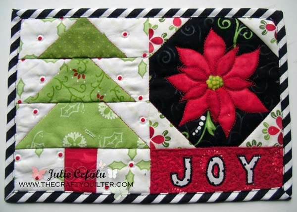 http://thecraftyquilter.com/wp-content/uploads/2012/11/mug-rug-single-copy1.jpg