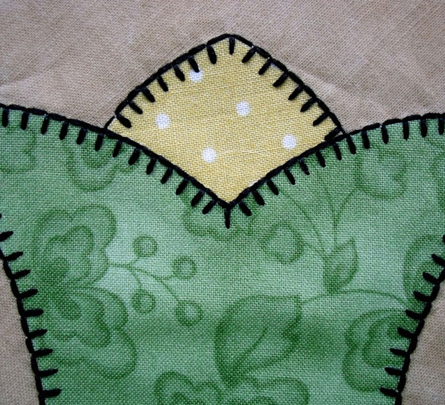 applique part 3 machine applique stitches the crafty quilter. Black Bedroom Furniture Sets. Home Design Ideas