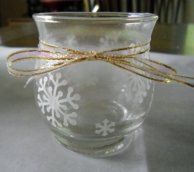 snowflake gold ribbon