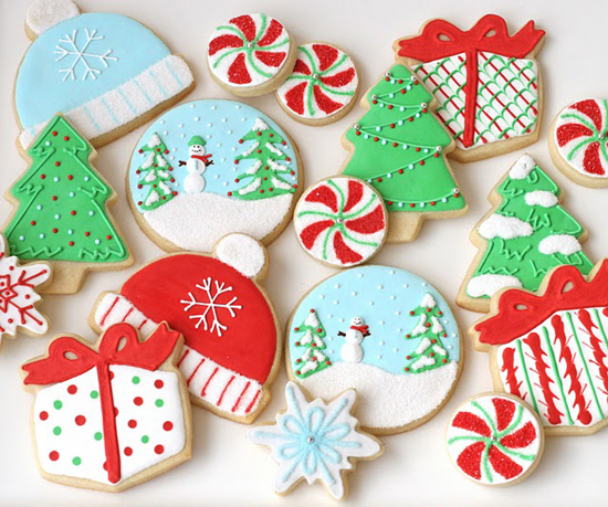 decorated-christmas-cookies-snowglobes