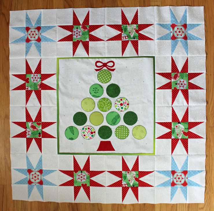 Christmas Tree Wall Hanging Tutorial @ The Crafty Quilter