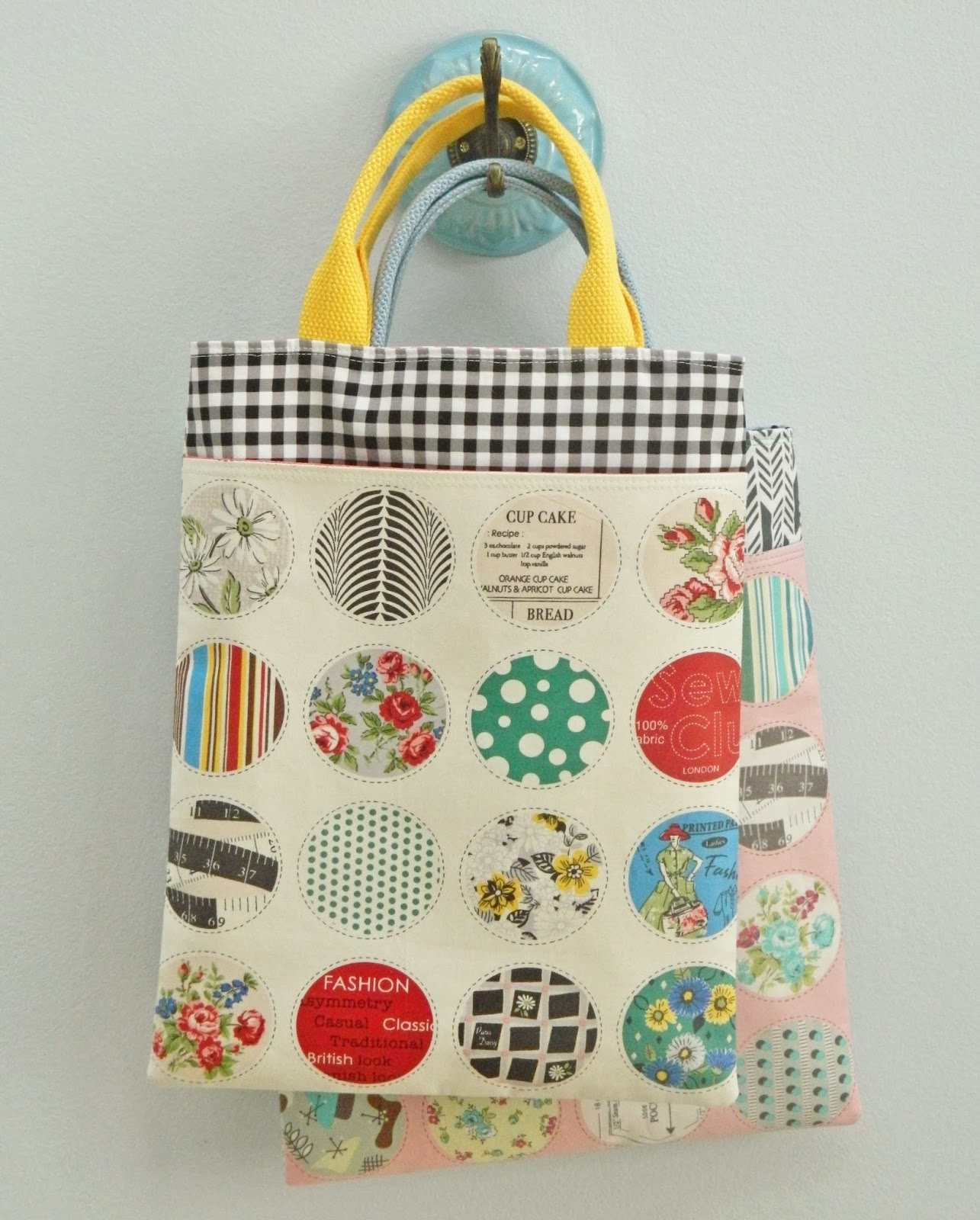 pretty little tote
