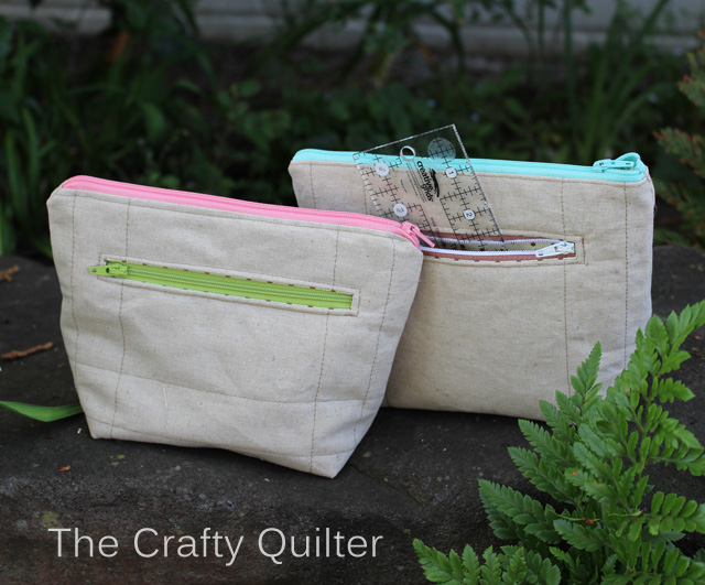 Exterior zipper pockets on my scrappy pouches.  Made by Julie Cefalu