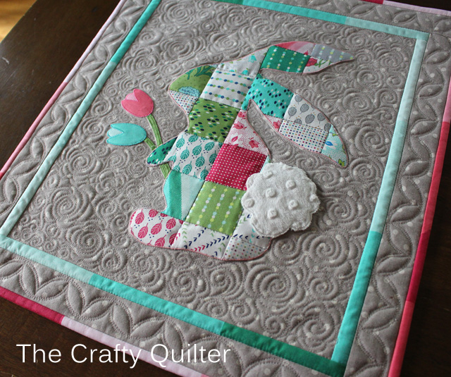Patchwork Peter Rabbit, quilting detail @ The Crafty Quilter