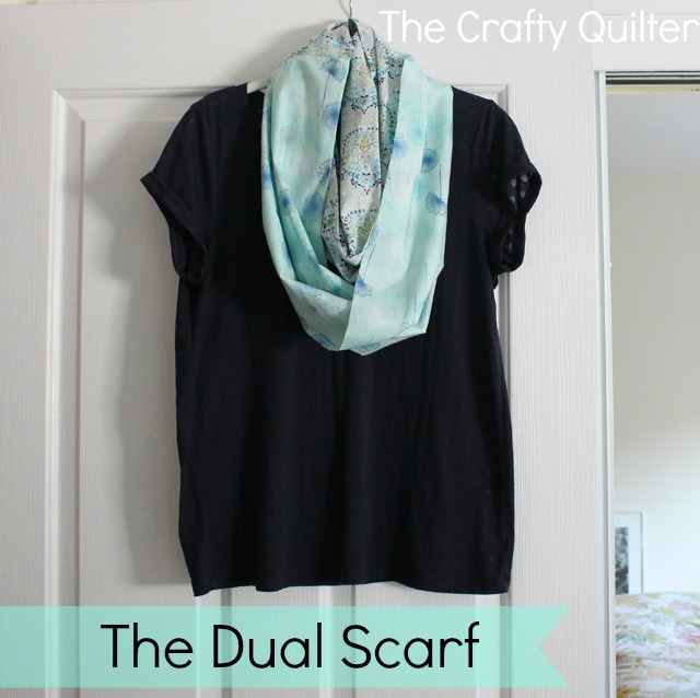 The Dual Infinity Scarf tutorial @ The Crafty Quilter