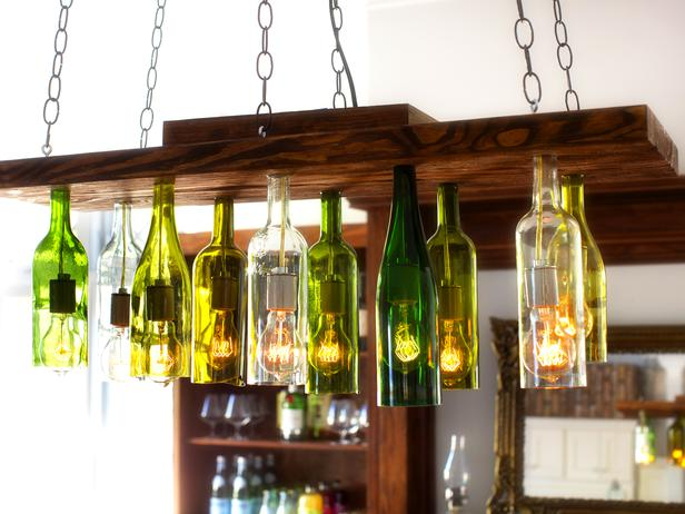 Orginal-Chandelier-Made-From-Wine-Bottles_4x3_lg