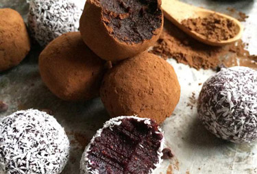 Truffle Addict: How to make healthy truffles at home