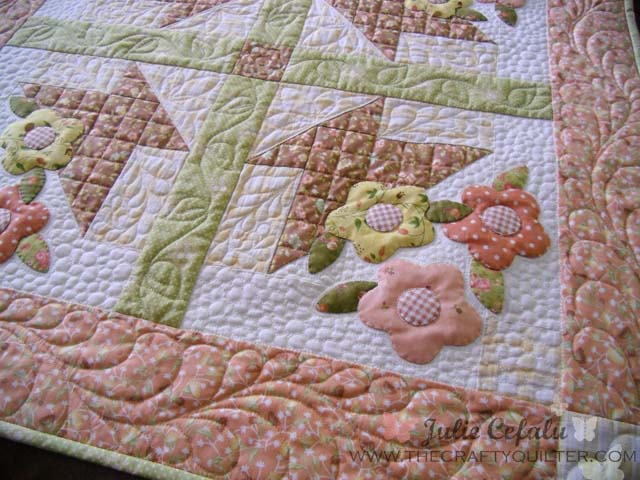 May Day Basket tutorial, part 3 includes sashing, borders and quilting details @ The Crafty Quilter