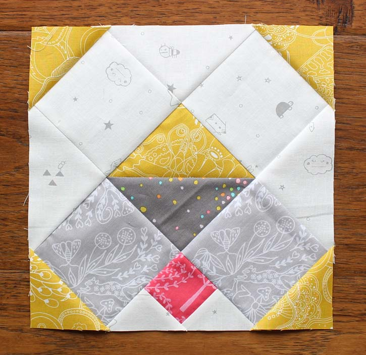 Heartland Heritage, Puppy Love block made by Julie Cefalu @ The Crafty Quilter
